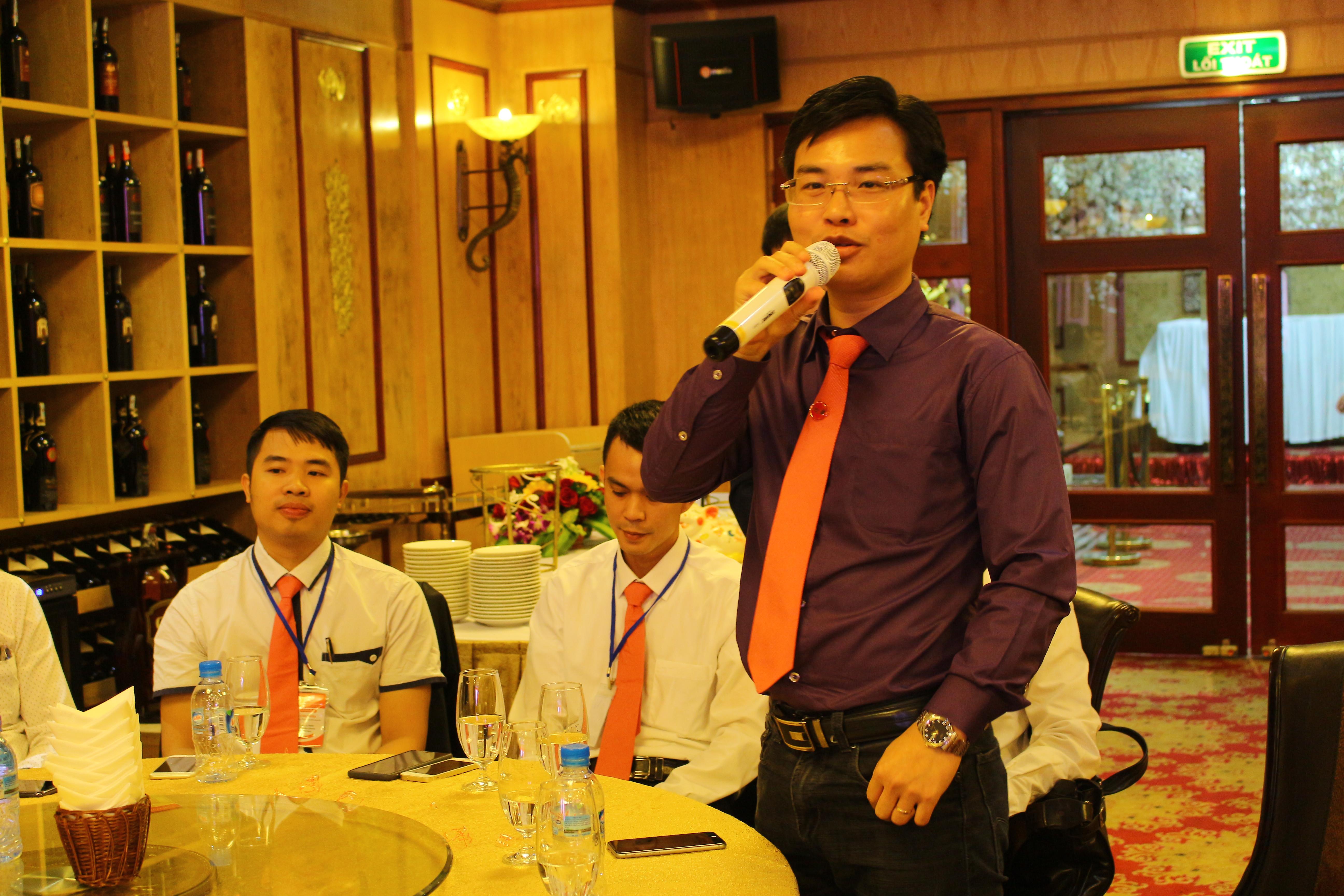 Ông Trần Việt Hùng 124 Nguyễn Đức Cảnh – Lê Chân   – Hải Phòng